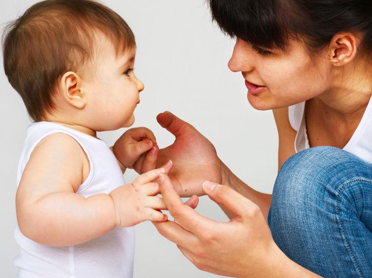 Bố mẹ nên xây dựng thói quen tốt cho bé để bé phát triển hơn