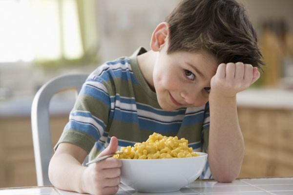 Chế độ ăn của cha mẹ có hại cho bé